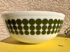"Vintage Pyrex ""Green Dots"" 404 for Sale in Las Vegas, NV"