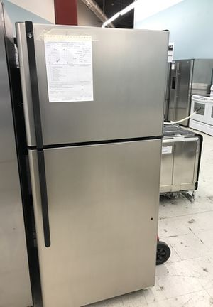 Stainless top freezer refrigerator for Sale in Denver, CO