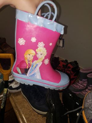 Kids Puma snow boots & Elsa rain boots 11/12 for Sale in South Amboy, NJ