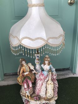 Capodimonte Lamp Very Beautiful Only $185 for Sale in Las Vegas,  NV