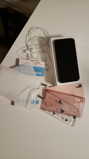 Iphone XS Max. Unlocked for Sale in Everett, WA