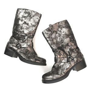Simply Vera Metallic Moto Buckle Biker Boots. By Vera wang. Women's size 9 Black Sliver metallic for Sale in Rancho Cucamonga, CA