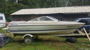 1984 Bayliner Capri clear title's for both trailer and boat. for Sale in Granite Falls, WA