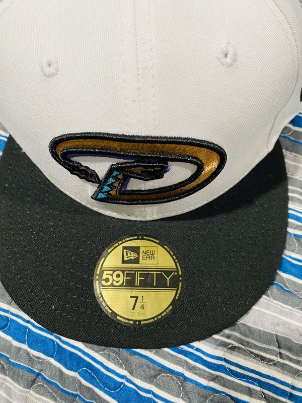 THROWBACK DIAMONDBACK FITTED