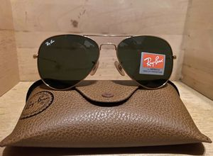 Brand New Authentic RayBan Aviator Sunglasses for Sale in San Bernardino, CA