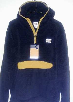 The North Face fleece hoodie NEW with tags! (large) Black Friday DEAL💰!!! for Sale in Boston, MA
