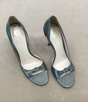 Prada silver heel size 38 1/2 for Sale in Tampa, FL
