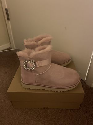 100% Authentic Brand New in Box UGG Classic Mini Side Brooch Boots / Color PCRY Pink / Women size 6 and Women size 7 and women size 8 for Sale in Walnut Creek, CA