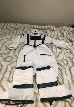 Kids costume size medium 5-6 for Sale in Washington, DC