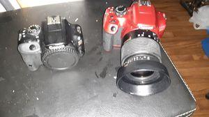 Canon Rebal SL1 camera & Canon T6 red camera w/lense for Sale in Las Vegas, NV