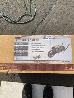 Wheelbarrow planter. Brand new never opened. for Sale in Bend, OR
