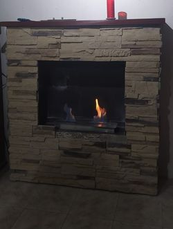 Free fire wood to share for the next cold Storm PLEASE READ EVERYTHING BEFORE INQUIRING for Sale in Fresno,  TX