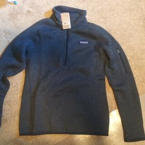 Patagonia Pull Over Size S for Sale in Lake Stevens, WA
