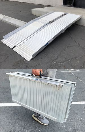 "(NEW) $115 Aluminum 5' ft Portable Multifold Wheelchair Scooter Mobility Ramp (60""x28"") for Sale in Whittier, CA"