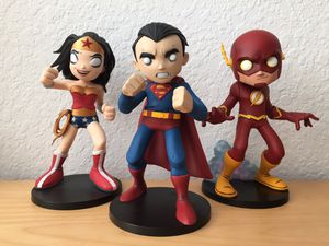 DC Collectibles Superman Wonder Woman Flash Statue Artist Alley Chris Uminga Justice League Figure Direct for Sale in Austin, TX