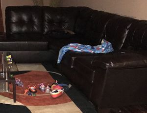 Black sectional / No pets / smoke free for Sale in Willingboro, NJ