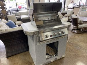 Compact BBQ Island with Grill for Sale in Placentia, CA