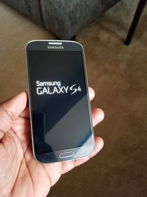 Samsung Galaxy S4 unlocked for Sale in Oxon Hill, MD