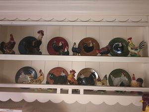 Rooster Plate and Statue Collection for Sale in Spring, TX