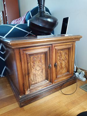 sofa end table for Sale in Columbus, OH