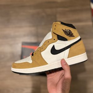 Jordan 1 Rookie Of The Year Size 9.5 for Sale in Las Vegas, NV