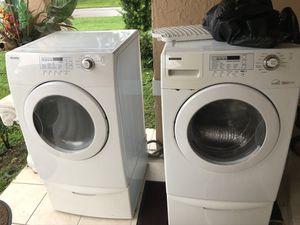 Samsung Washer and Dryer plus pedestals with errors for Sale in Lakeland, FL
