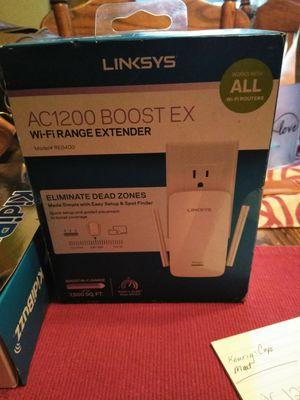 WiFi range extender linksys for Sale in Saint Joseph, MO