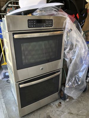Used for only 2 years GE DOUBLE WALL OVEN for Sale in San Bruno, CA