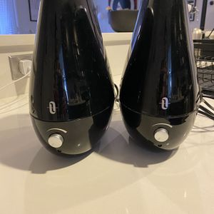 Cool Mist Humidifiers (set of 2) for Sale in Washington, DC
