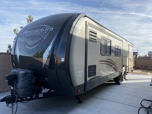 Forest River Wildwood Heritage Glen 302FK travel trailer. for Sale in Las Vegas, NV