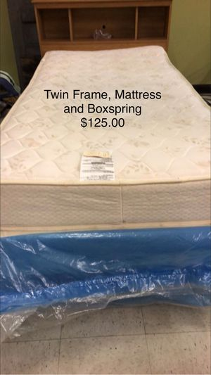 Twin Bed with Mattress and Boxspring for Sale in Fort Leonard Wood, MO