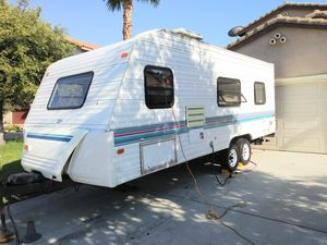 1999 Prowler light 21ft for Sale in Rancho Cucamonga, CA