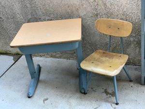 Kids adjustable desk for Sale in Whittier, CA