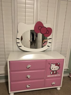 Hello kitty bedroom set. for Sale in Lewisville, TX