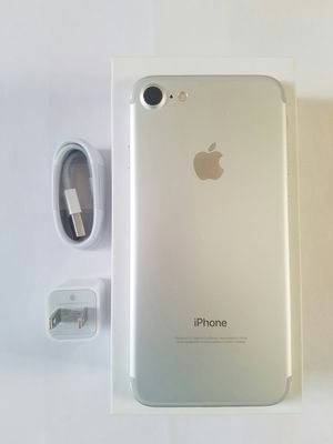 IPhone 7 , 128GB , UNLOCKED (Excellent Condition / Functional / Clean ) for Sale in Springfield, VA