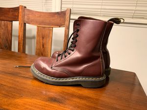 Dr. Martens steel toe/Red size 7 🇺🇸 for Sale in Los Angeles, CA