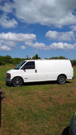 2000 chevy van express 1500 for Sale in Ruskin, FL