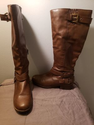 Browns women's boots size 9 for Sale in Pemberton, NJ