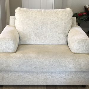 Ivory /Grey Oversized Chair for Sale in Benicia, CA