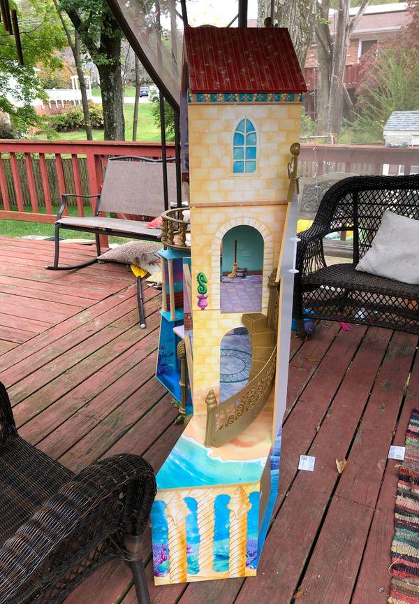 Kidcraft Disney Ariel undersea kingdom dollhouse