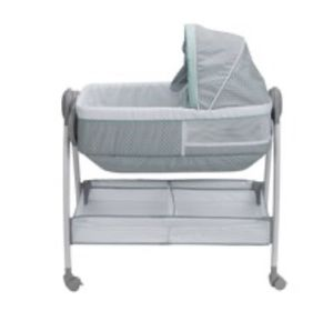 Bassinet/changing table for Sale in Santa Fe Springs, CA