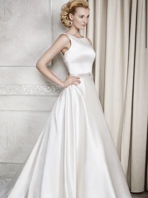 Beautiful Kenneth Winston Wedding Dress for Sale in Lawrence Township, NJ
