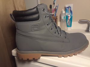 Fila size 10 gray waterproof boots for Sale in Cleveland, OH