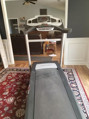 Pro-Form Power 995i treadmill for Sale in Buford, GA