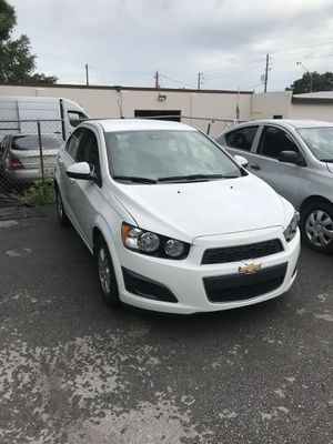 2015 Chevy sonic for Sale in Riverview, FL