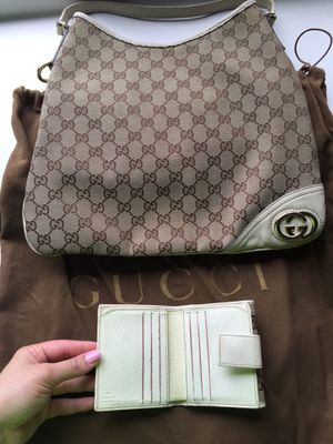 Authentic Gucci purse and wallet for Sale in Atlanta, GA