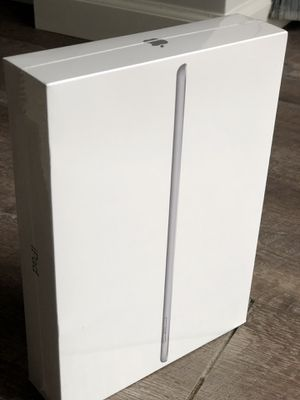 New Apple iPad (Latest Model) 32GB Wi-Fi Space Gray for Sale in Saint Paul, MN