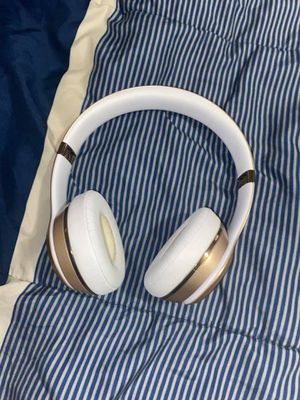 Solo Beats Wireless 3 for Sale in Fort Worth, TX