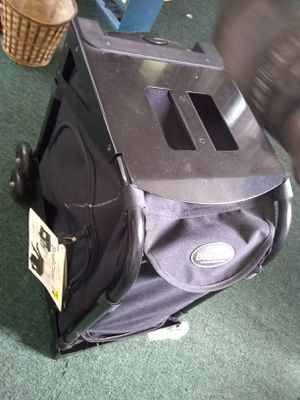 Rolling luggage case for Sale in South Williamsport, PA