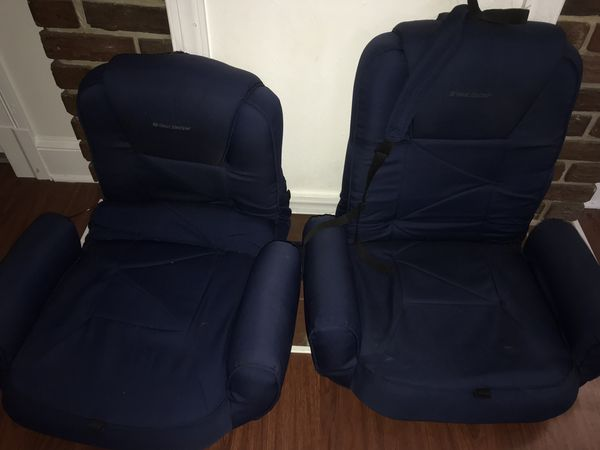 West Marine Portable boating seats
